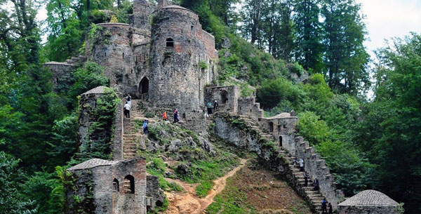 قلعه رود خان ،قامت بلند تاریخ استان گیلان