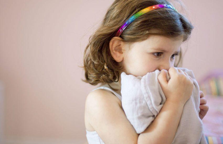 خاطرات بد دوران کودکیتان را به فرزندان خود نگویید!