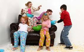 چگونگی کنترل کودکان در مهمانی ها